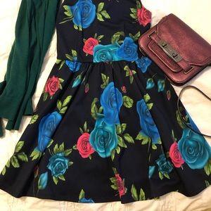 Floral Dress THE VINTAGE SHOP Med juniors